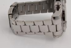 Breitling Super Avenger II mit Stahlband
