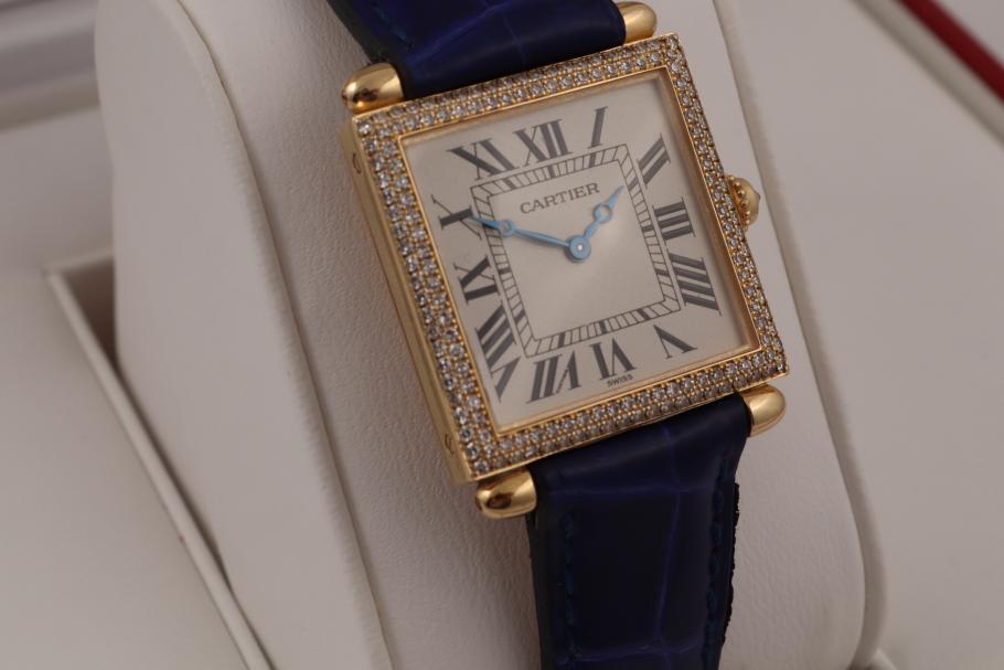 Cartier Tank Gelbgold am Lederband/ Diamantbesatz
