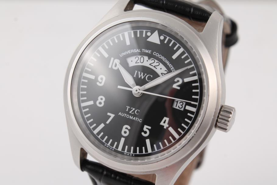 IWC Fliegeruhr UTC am Lederband