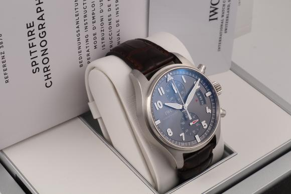 IWC Spitfire Chronograph 43mm IW387802