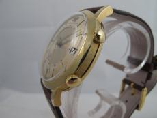 Jaeger-LeCoultre Memovox in 18K Gelbgold