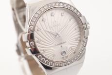 Omega Constellation mit Diamantbesatz
