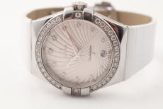 Omega Constellation mit Diamantbesatz