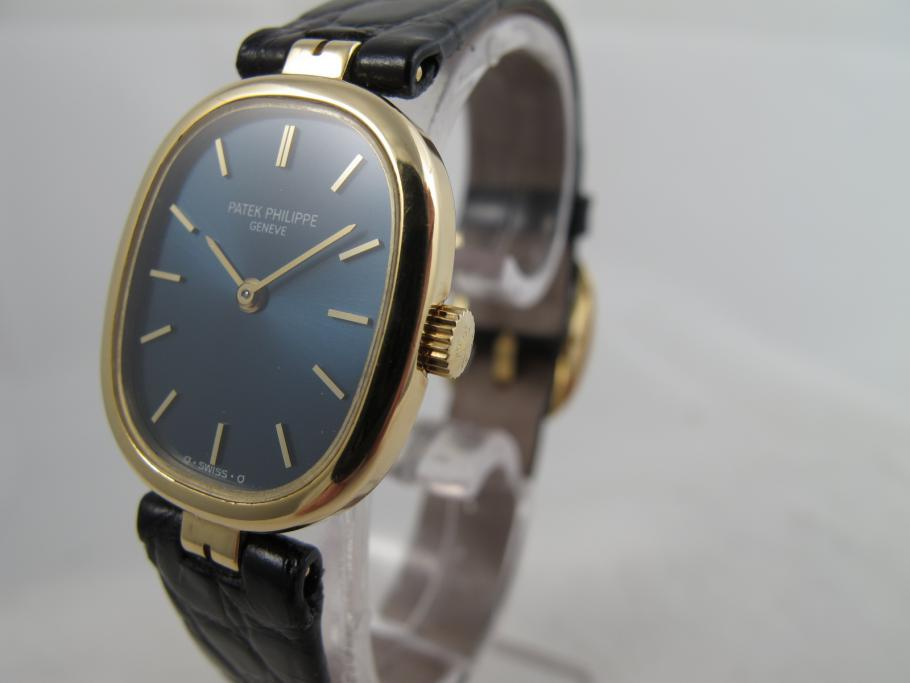 Patek Philippe Lady Ellipse in Gelbgold