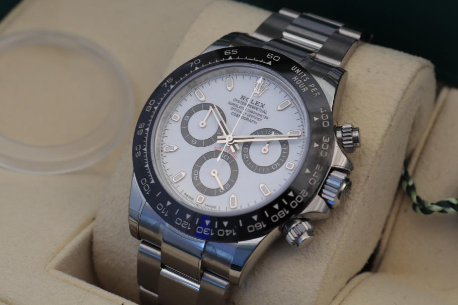 Rolex Daytona Ref. 116500LN unworn LC-100