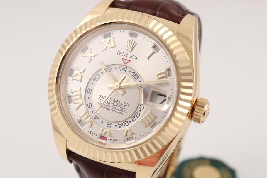 Rolex Sky-Dweller Yellowgold