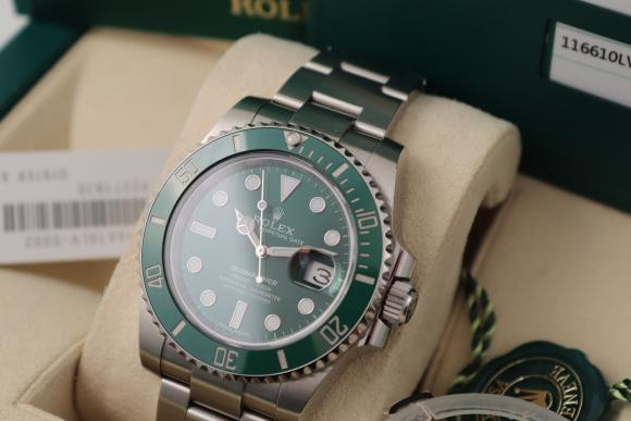 Rolex Submariner Green Ref. 116610LV