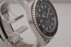 Rolex Submariner No Date Ref. 114060 unworn 2018