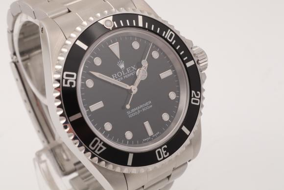 Rolex Submariner No Date Ref. 14060M