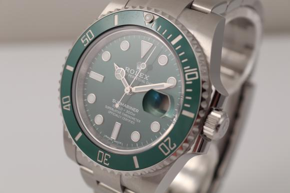 Rolex Submariner green Ref. 116610LV mint