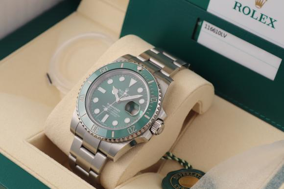 Rolex Submariner green Ref. 116610LV/ Juli 2019/ mint