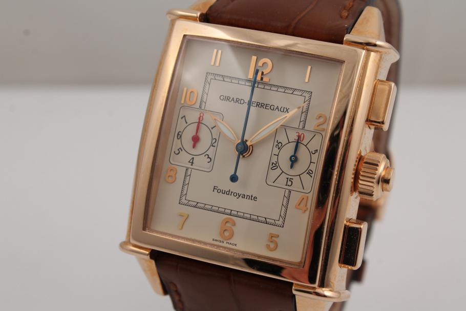 Girard Perregaux Vintage 1945 in Rotgold